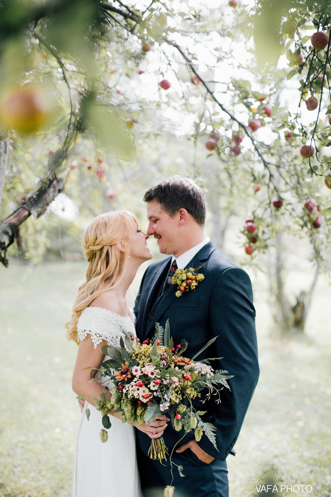 Belsolda-Farm-Wedding-Christy-Eric-Vafa-Photo-76.jpg