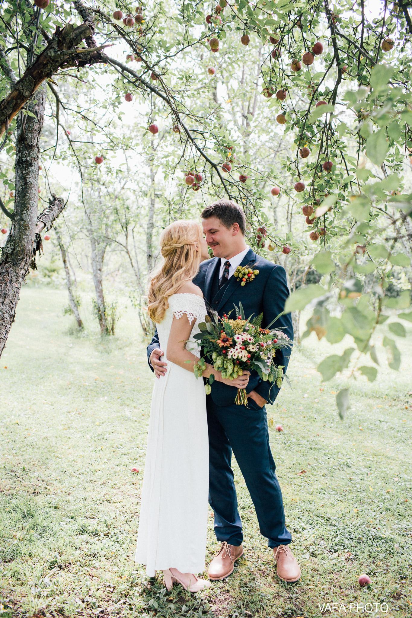 Belsolda-Farm-Wedding-Christy-Eric-Vafa-Photo-79.jpg