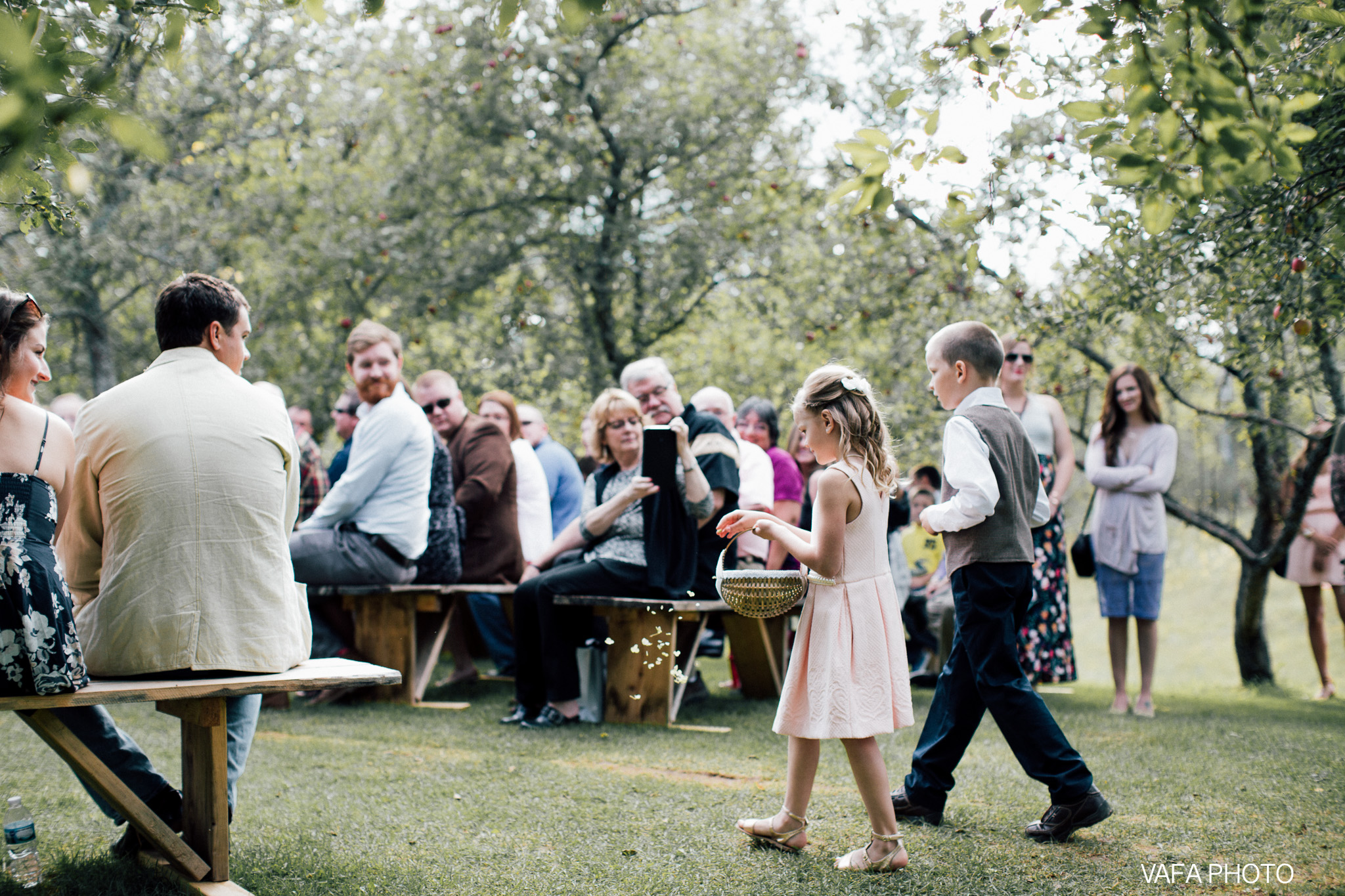 Belsolda-Farm-Wedding-Christy-Eric-Vafa-Photo-398.jpg