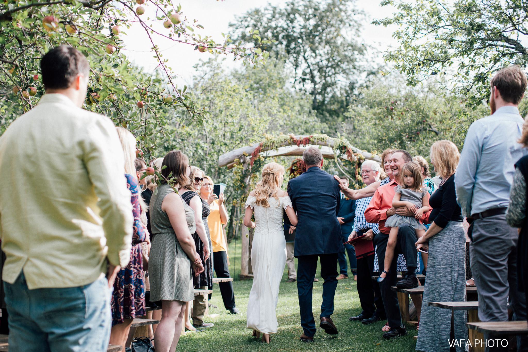 Belsolda-Farm-Wedding-Christy-Eric-Vafa-Photo-410.jpg