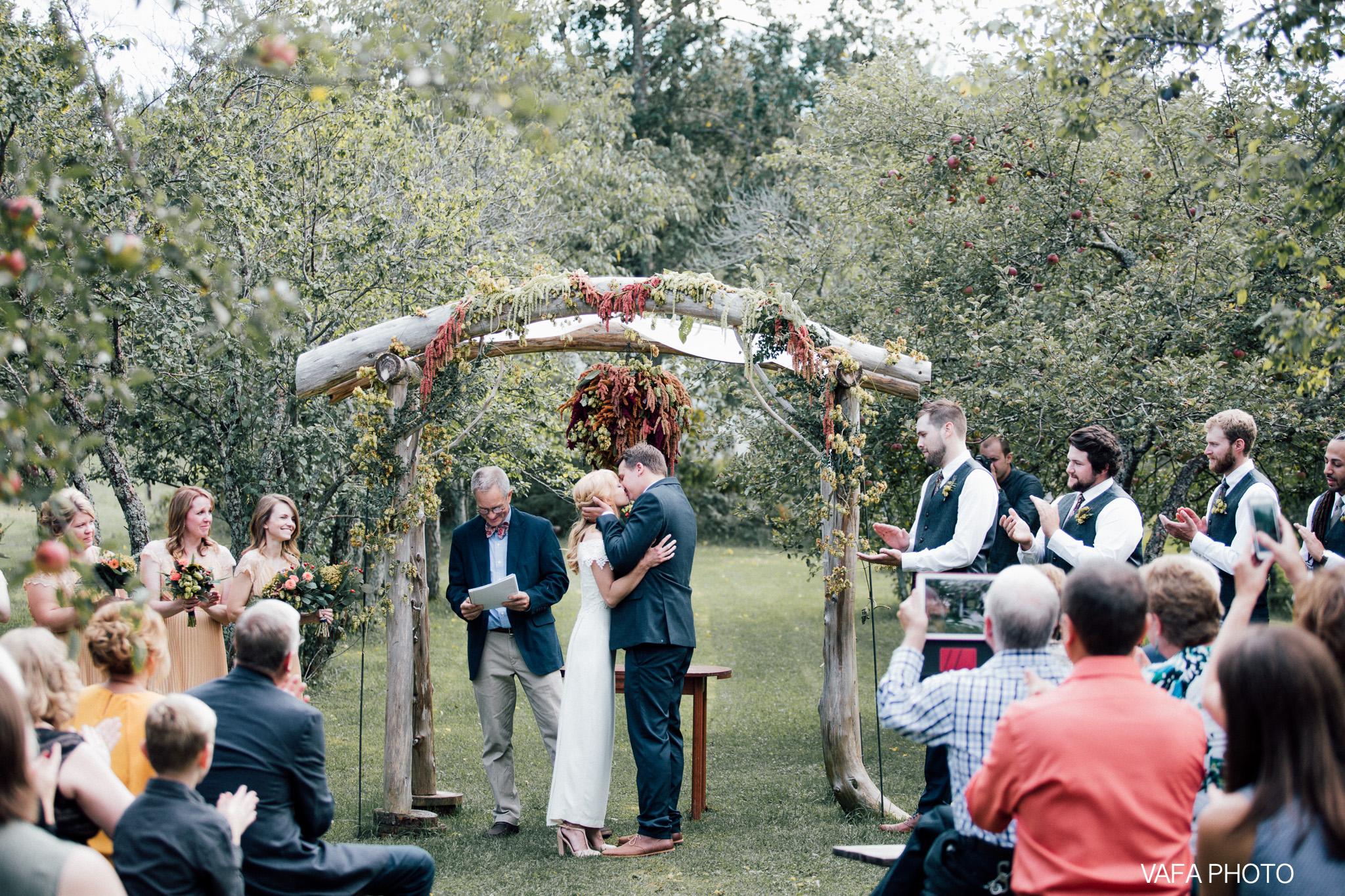 Belsolda-Farm-Wedding-Christy-Eric-Vafa-Photo-491.jpg