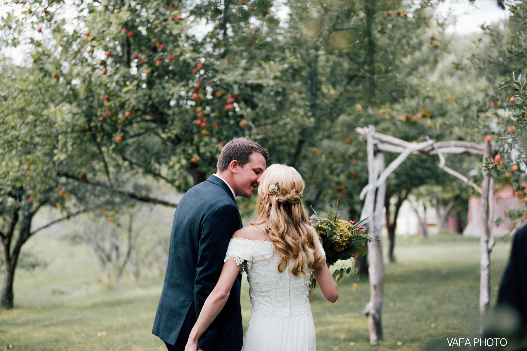 Belsolda-Farm-Wedding-Christy-Eric-Vafa-Photo-505.jpg