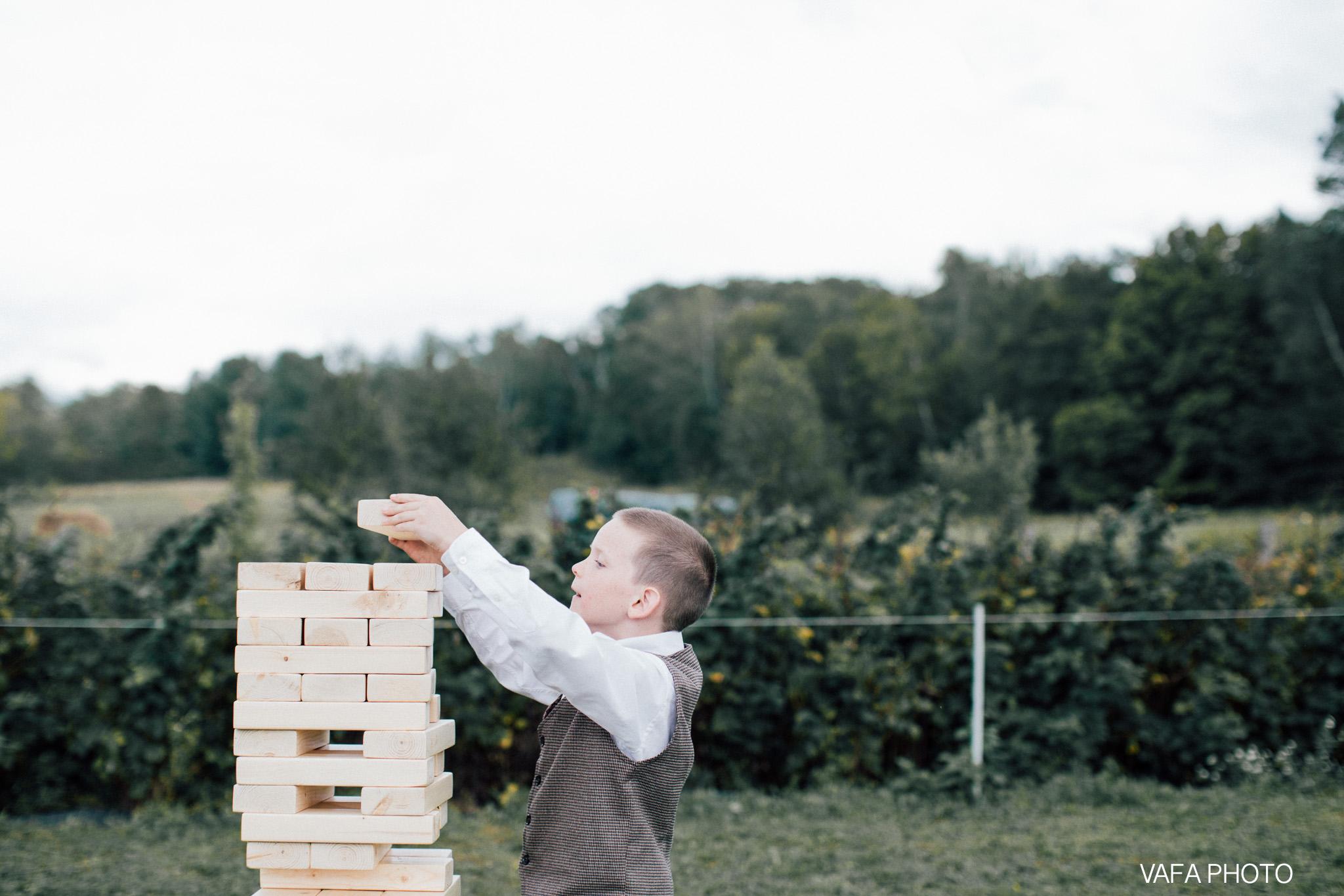 Belsolda-Farm-Wedding-Christy-Eric-Vafa-Photo-540.jpg