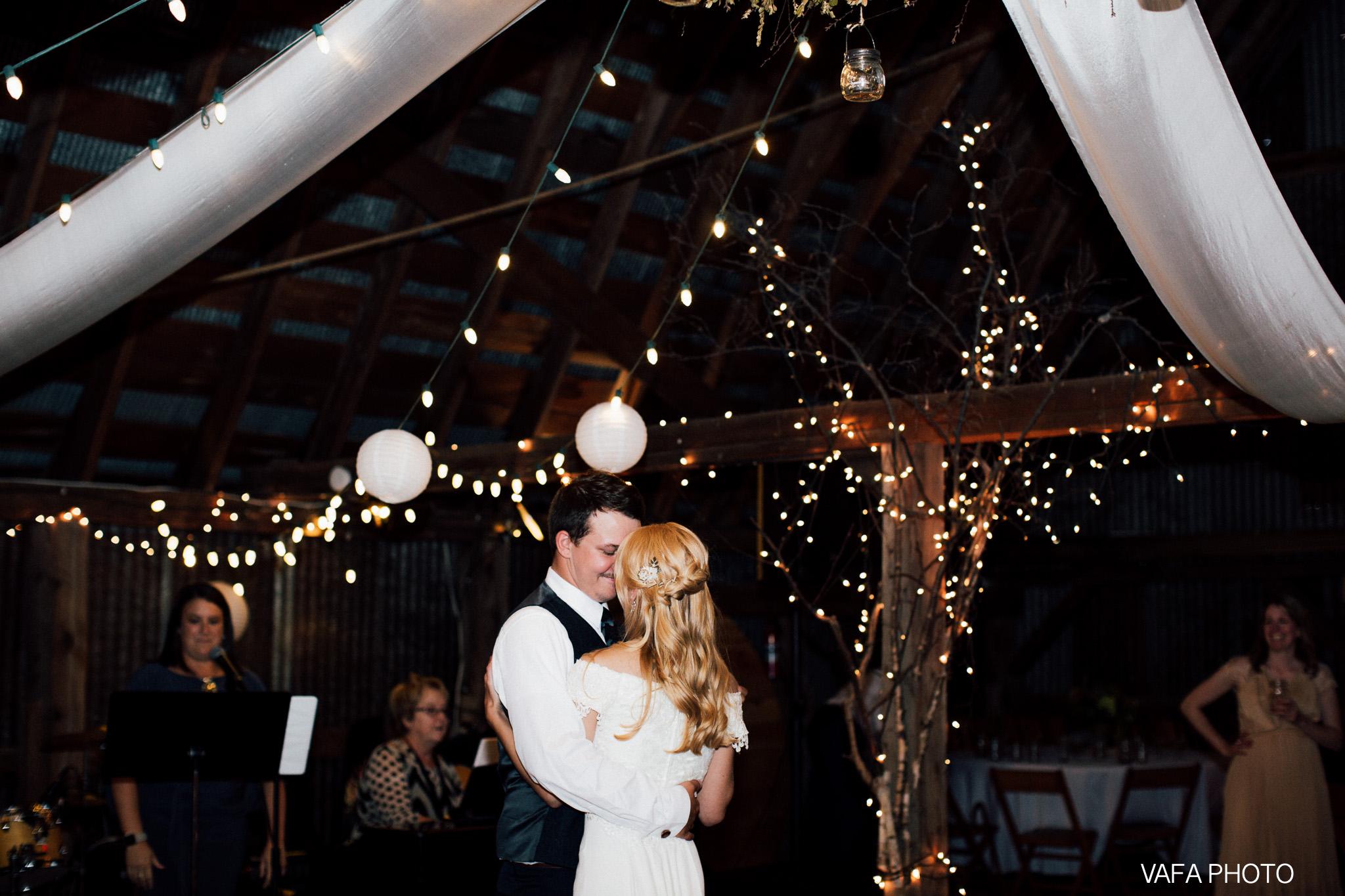 Belsolda-Farm-Wedding-Christy-Eric-Vafa-Photo-700.jpg