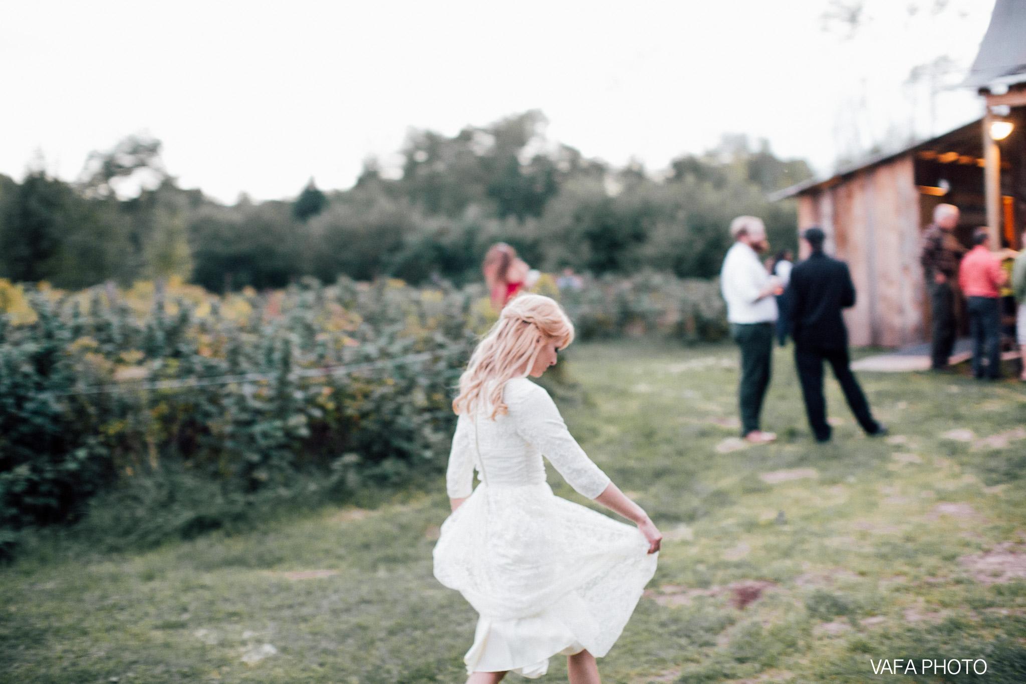 Belsolda-Farm-Wedding-Christy-Eric-Vafa-Photo-751.jpg