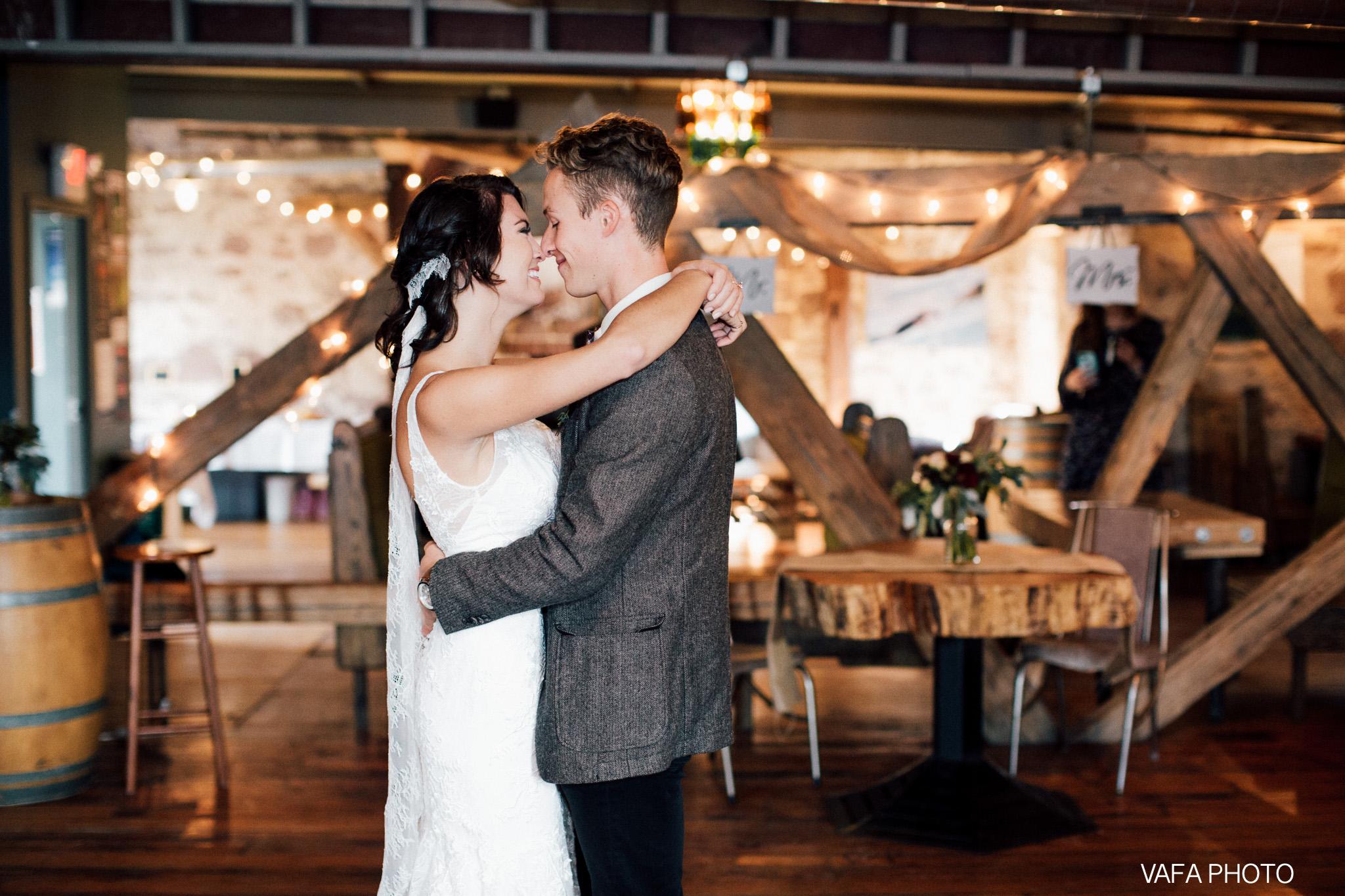 Hogback-Mountain-Wedding-Chelsea-Josh-Vafa-Photo-757.jpg