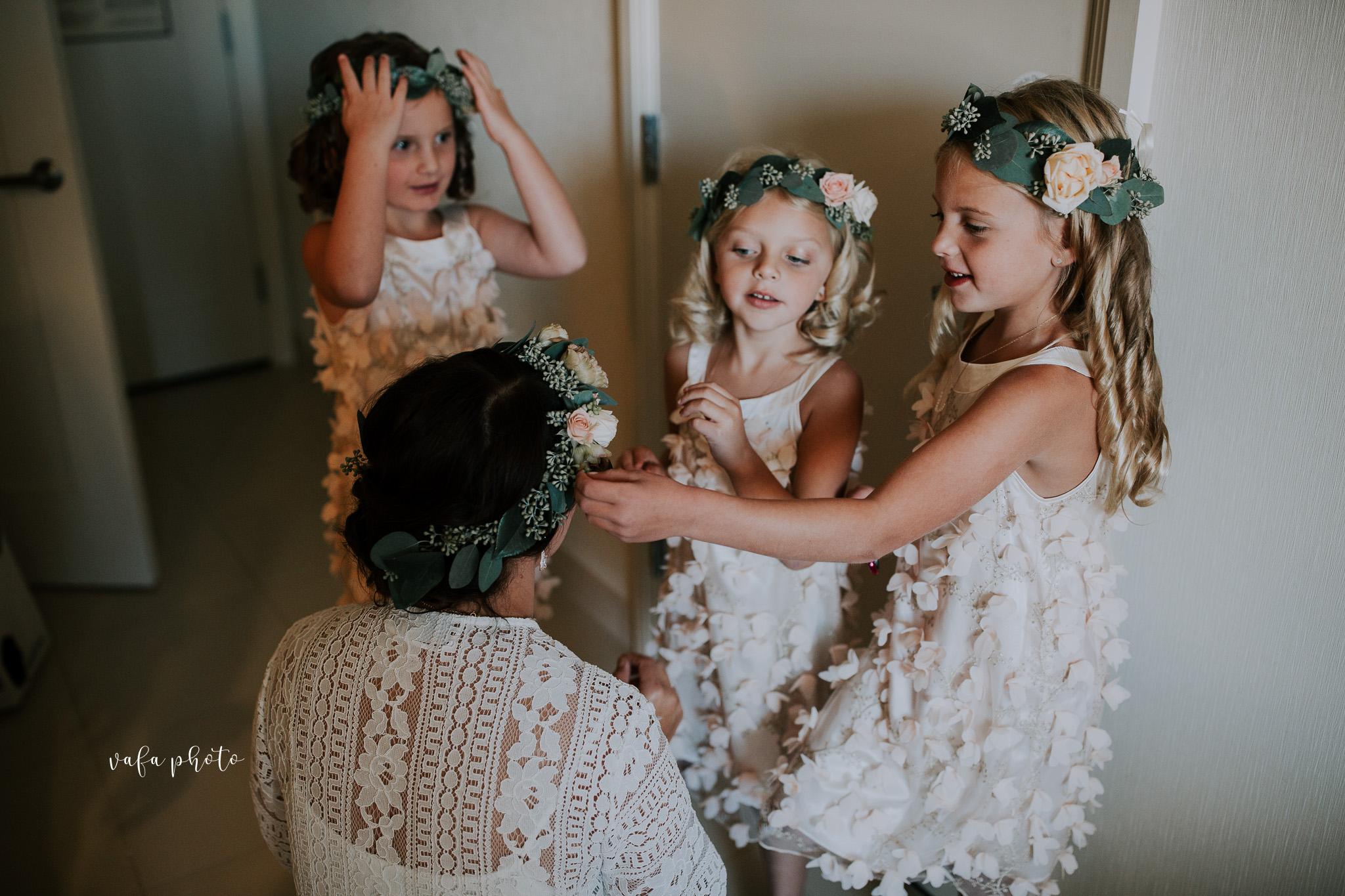 Milwaukee-Athletic-Club-Wedding-Amanda-Tony-Vafa-Photo-108.jpg