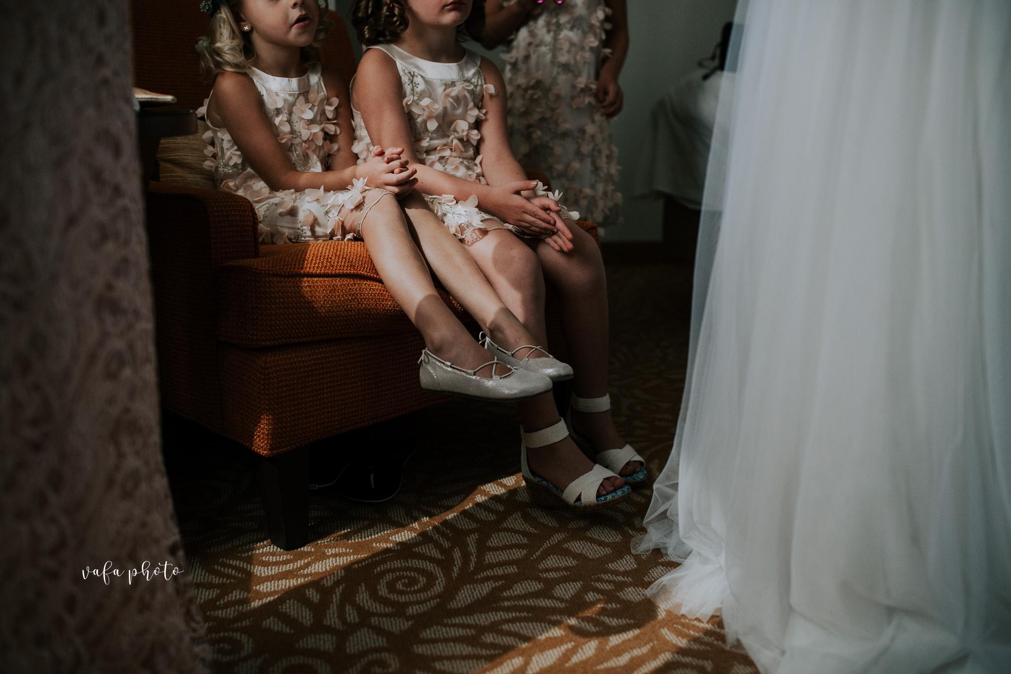 Milwaukee-Athletic-Club-Wedding-Amanda-Tony-Vafa-Photo-153.jpg