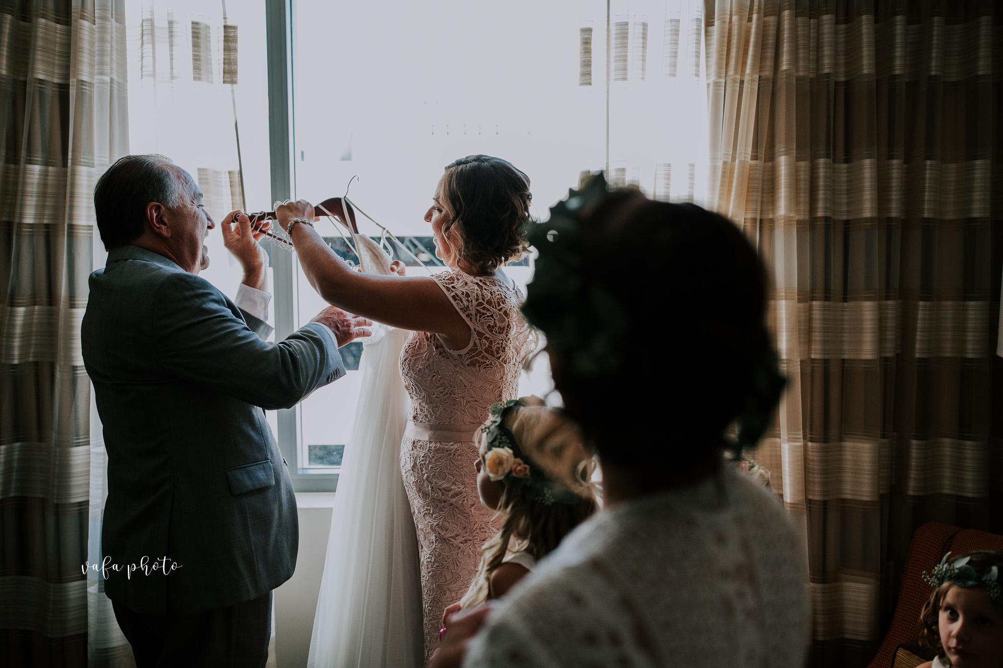 Milwaukee-Athletic-Club-Wedding-Amanda-Tony-Vafa-Photo-152.jpg