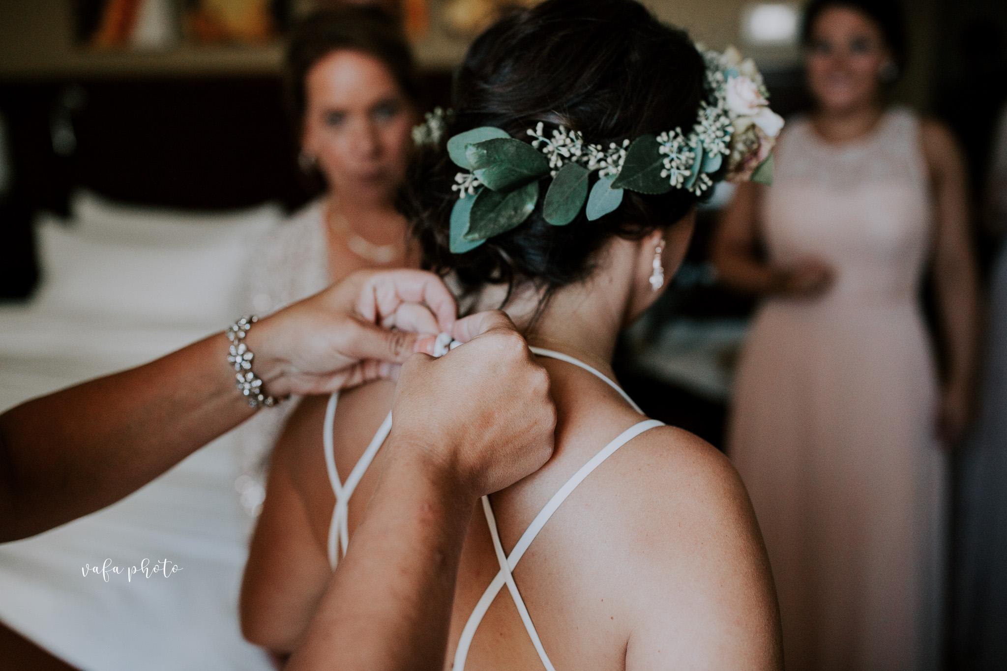 Milwaukee-Athletic-Club-Wedding-Amanda-Tony-Vafa-Photo-157.jpg