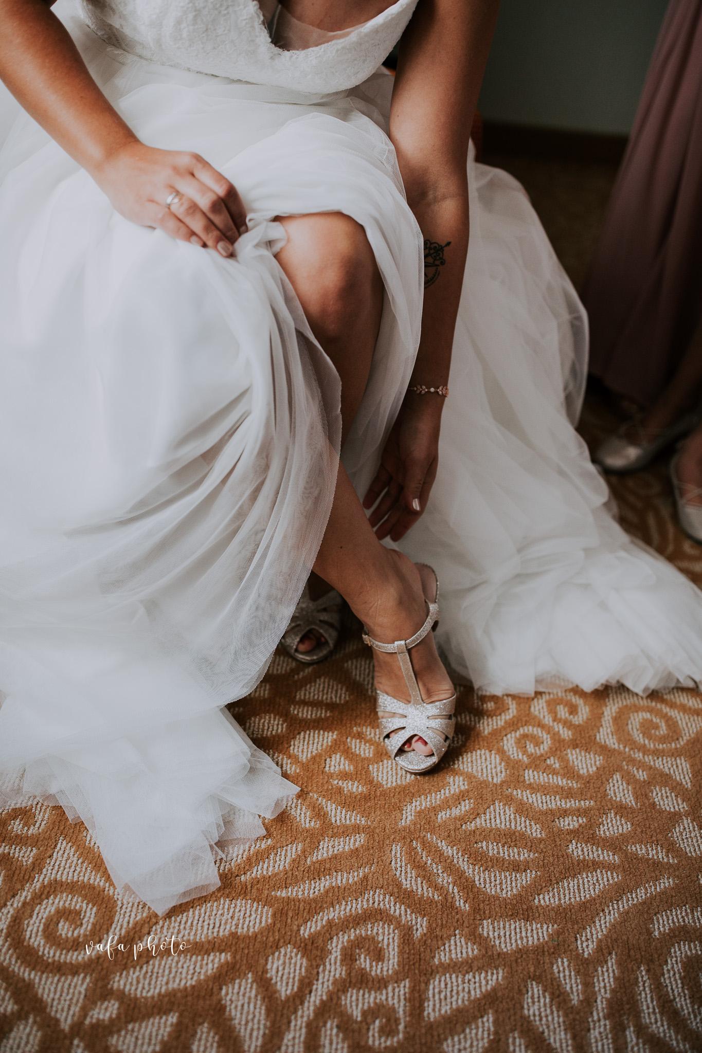 Milwaukee-Athletic-Club-Wedding-Amanda-Tony-Vafa-Photo-162.jpg