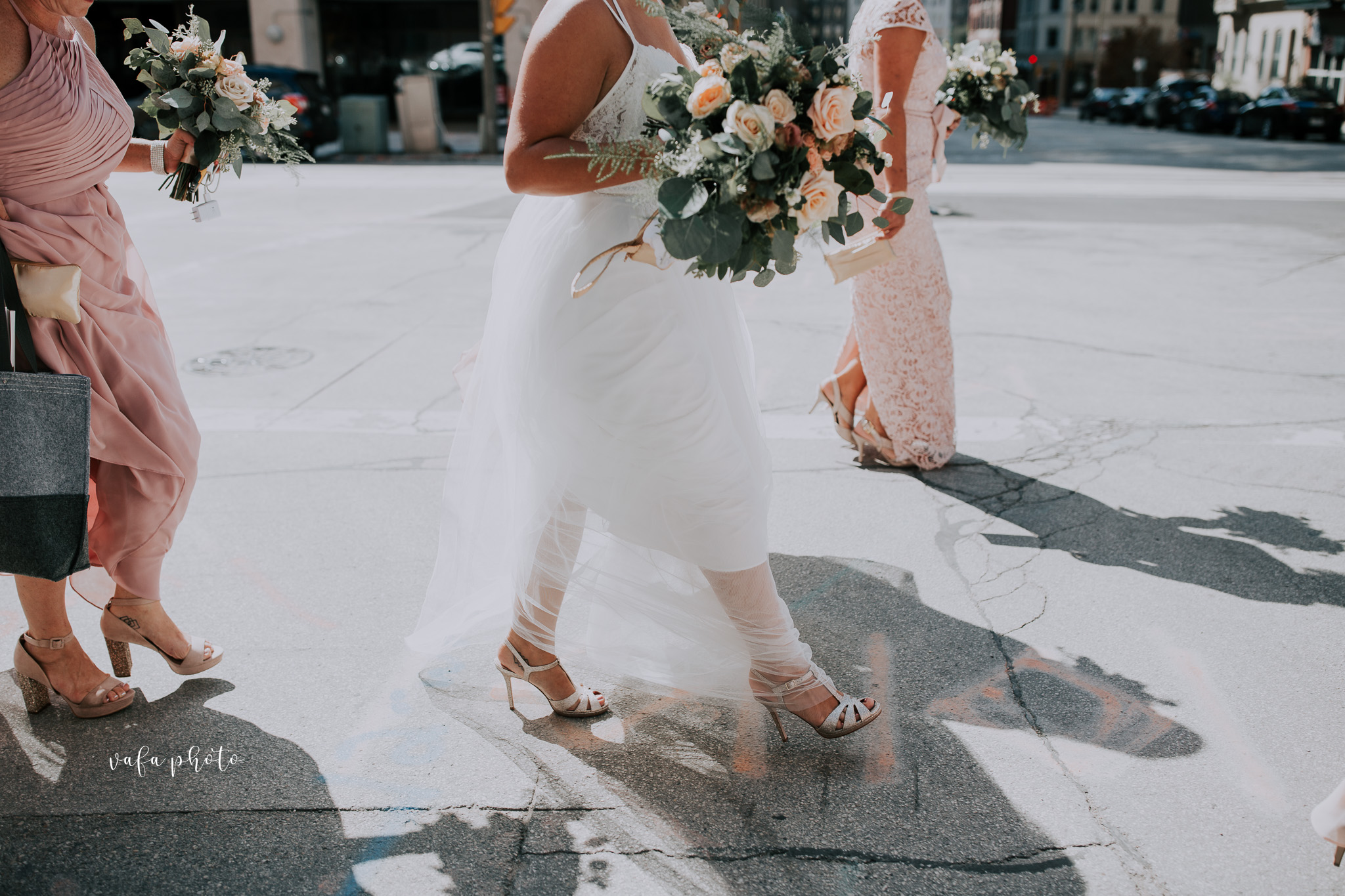 Milwaukee-Athletic-Club-Wedding-Amanda-Tony-Vafa-Photo-215.jpg