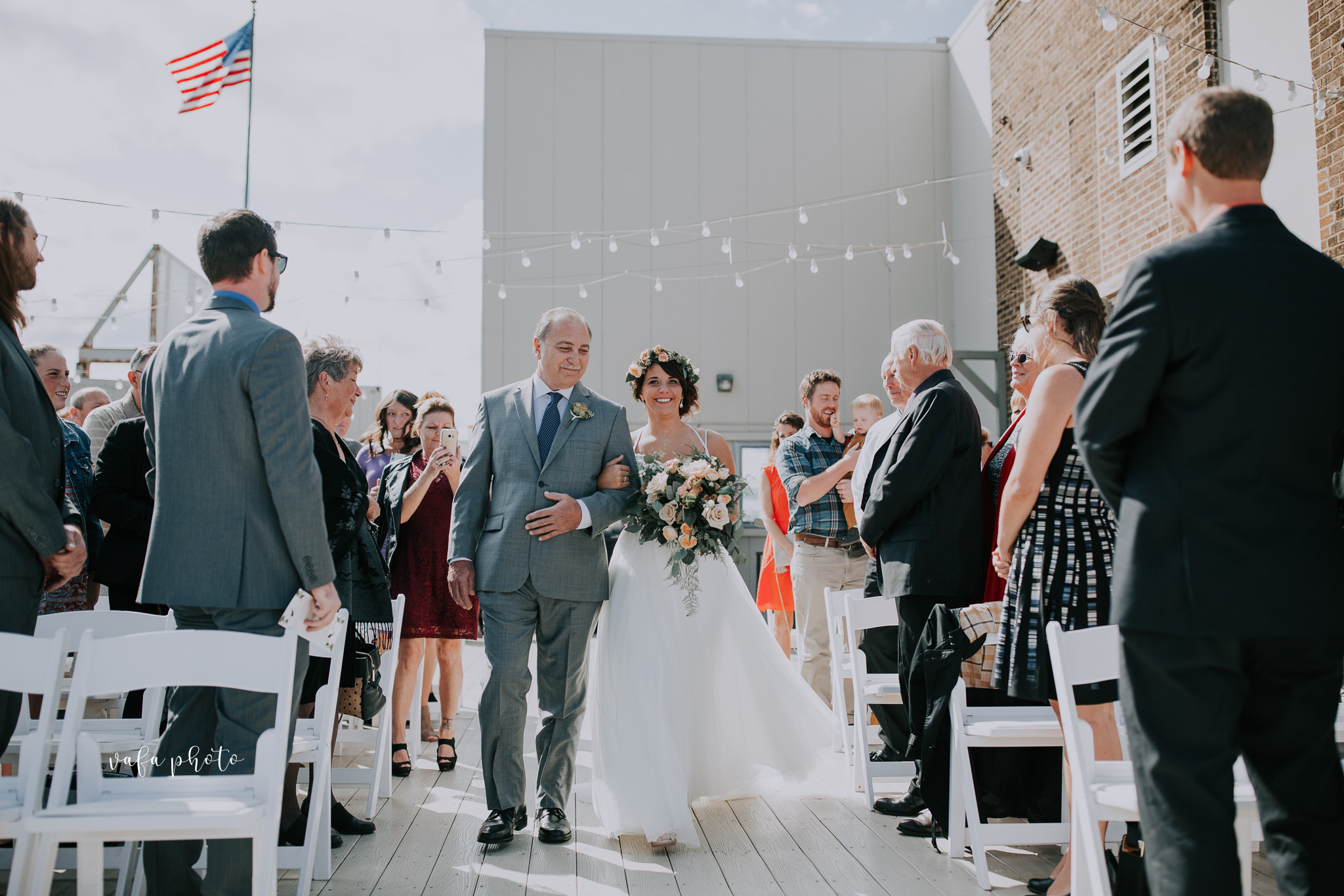 Milwaukee-Athletic-Club-Wedding-Amanda-Tony-Vafa-Photo-318.jpg