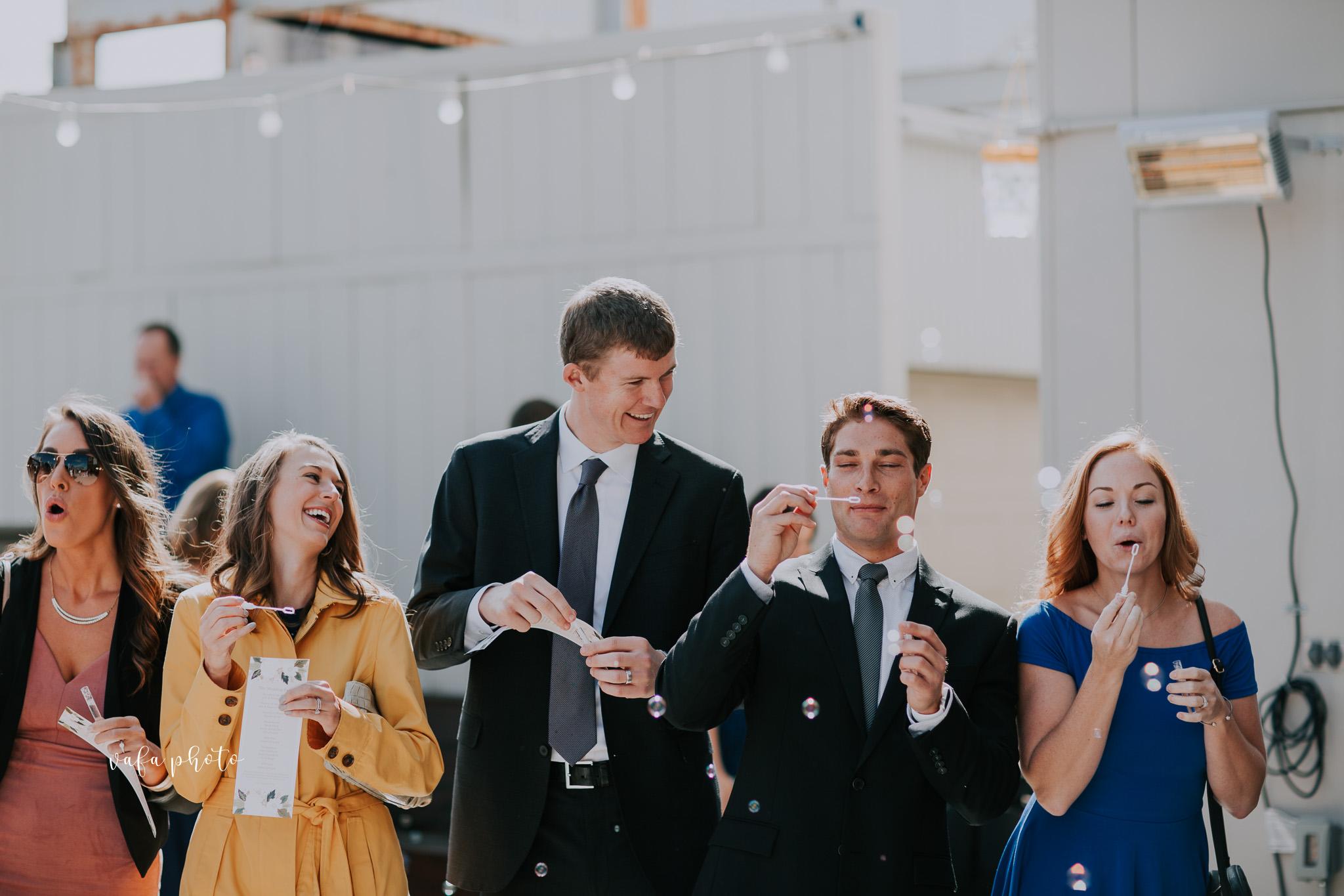Milwaukee-Athletic-Club-Wedding-Amanda-Tony-Vafa-Photo-411.jpg
