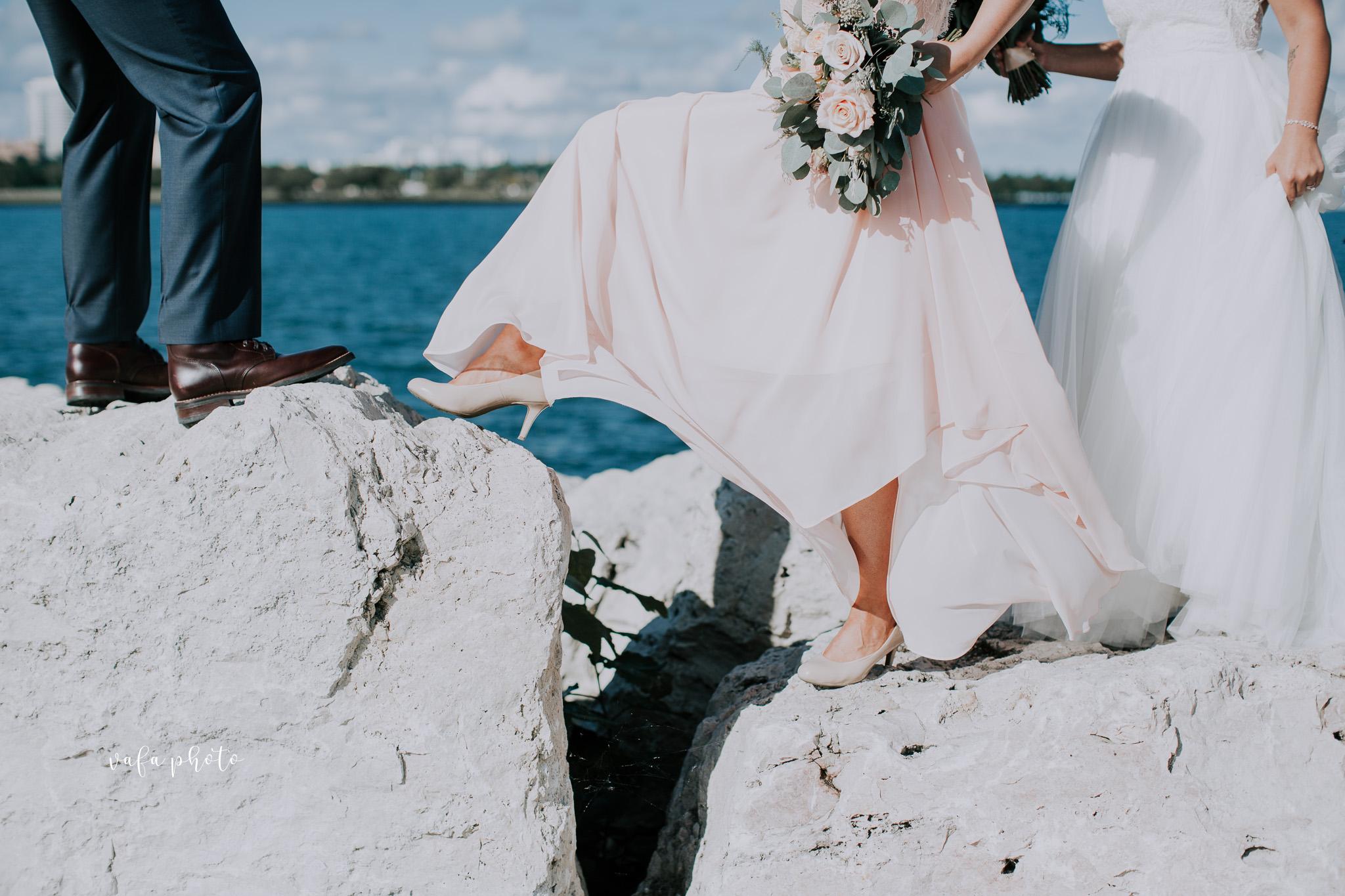 Milwaukee-Athletic-Club-Wedding-Amanda-Tony-Vafa-Photo-540.jpg