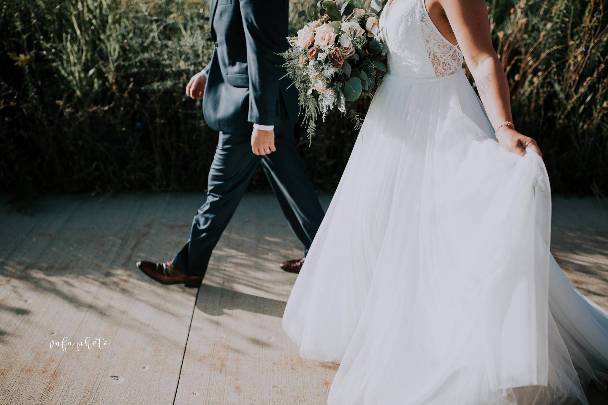 Milwaukee-Athletic-Club-Wedding-Amanda-Tony-Vafa-Photo-642.jpg