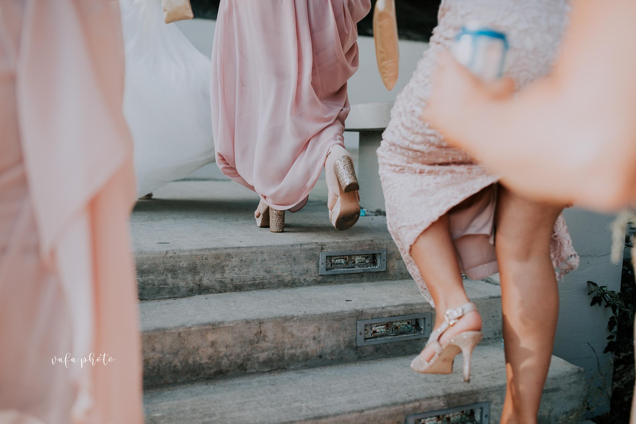 Milwaukee-Athletic-Club-Wedding-Amanda-Tony-Vafa-Photo-681.jpg