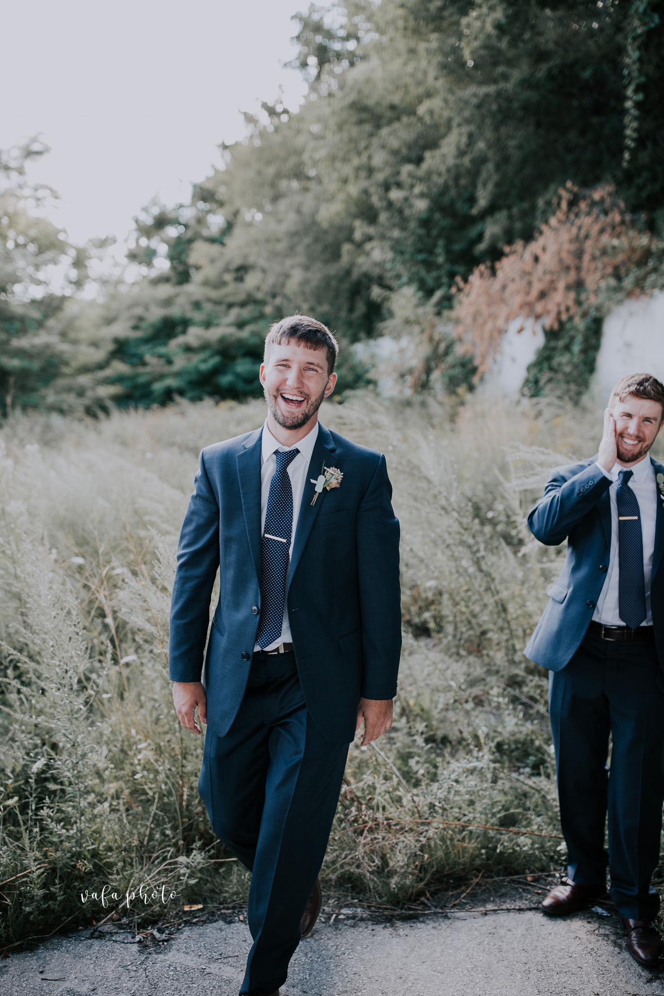 Milwaukee-Athletic-Club-Wedding-Amanda-Tony-Vafa-Photo-717.jpg