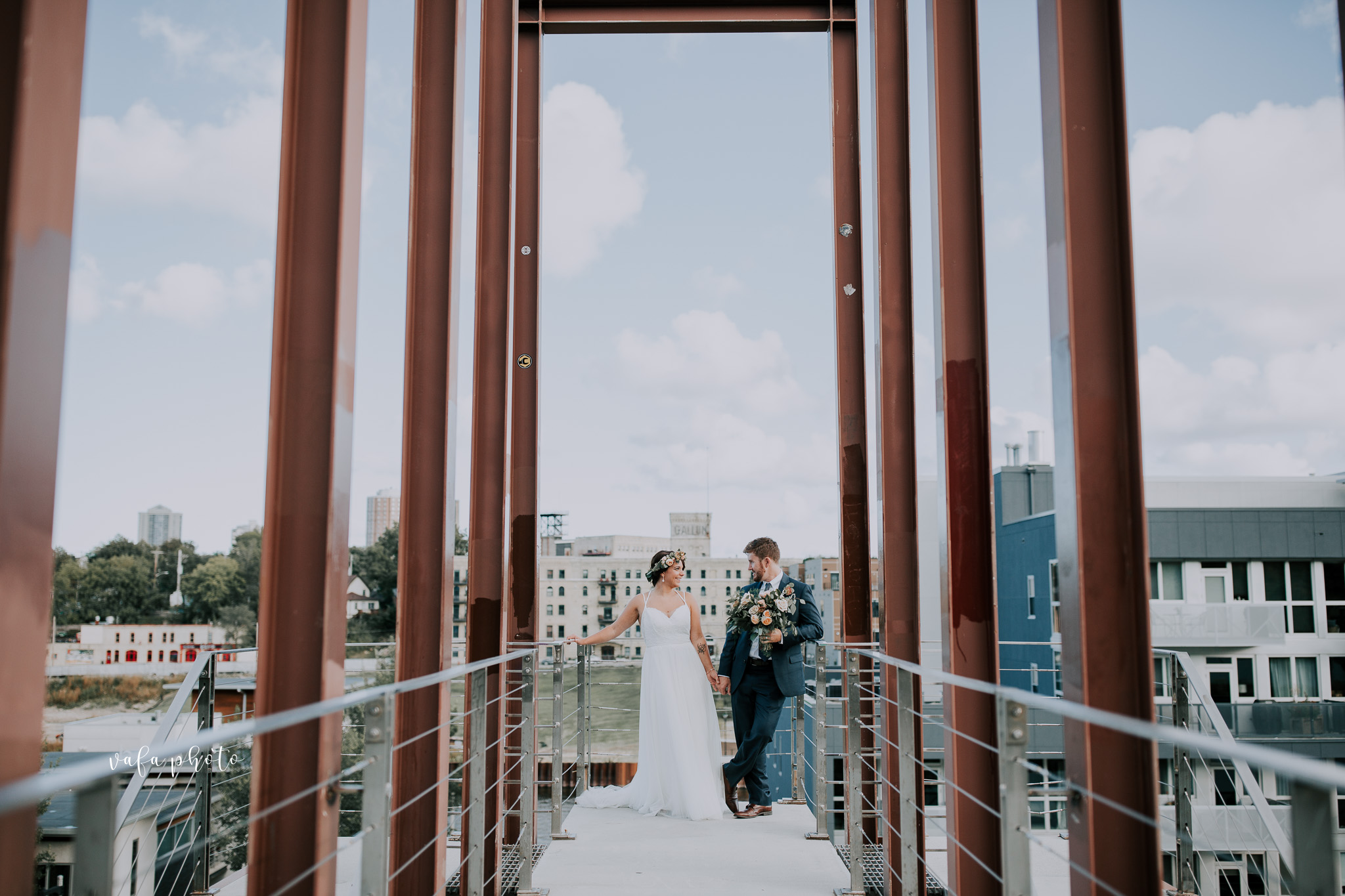 Milwaukee-Athletic-Club-Wedding-Amanda-Tony-Vafa-Photo-763.jpg
