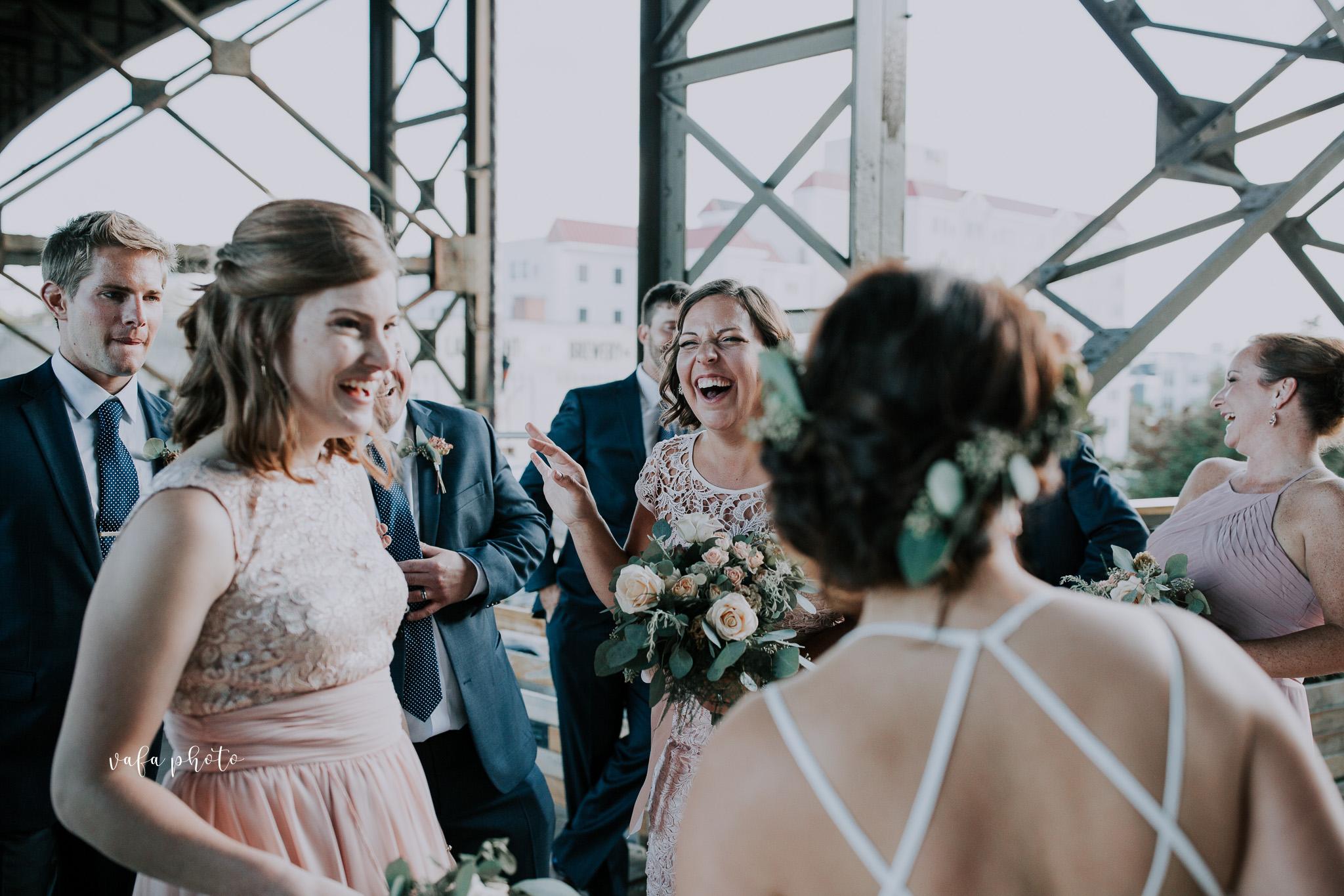 Milwaukee-Athletic-Club-Wedding-Amanda-Tony-Vafa-Photo-792.jpg