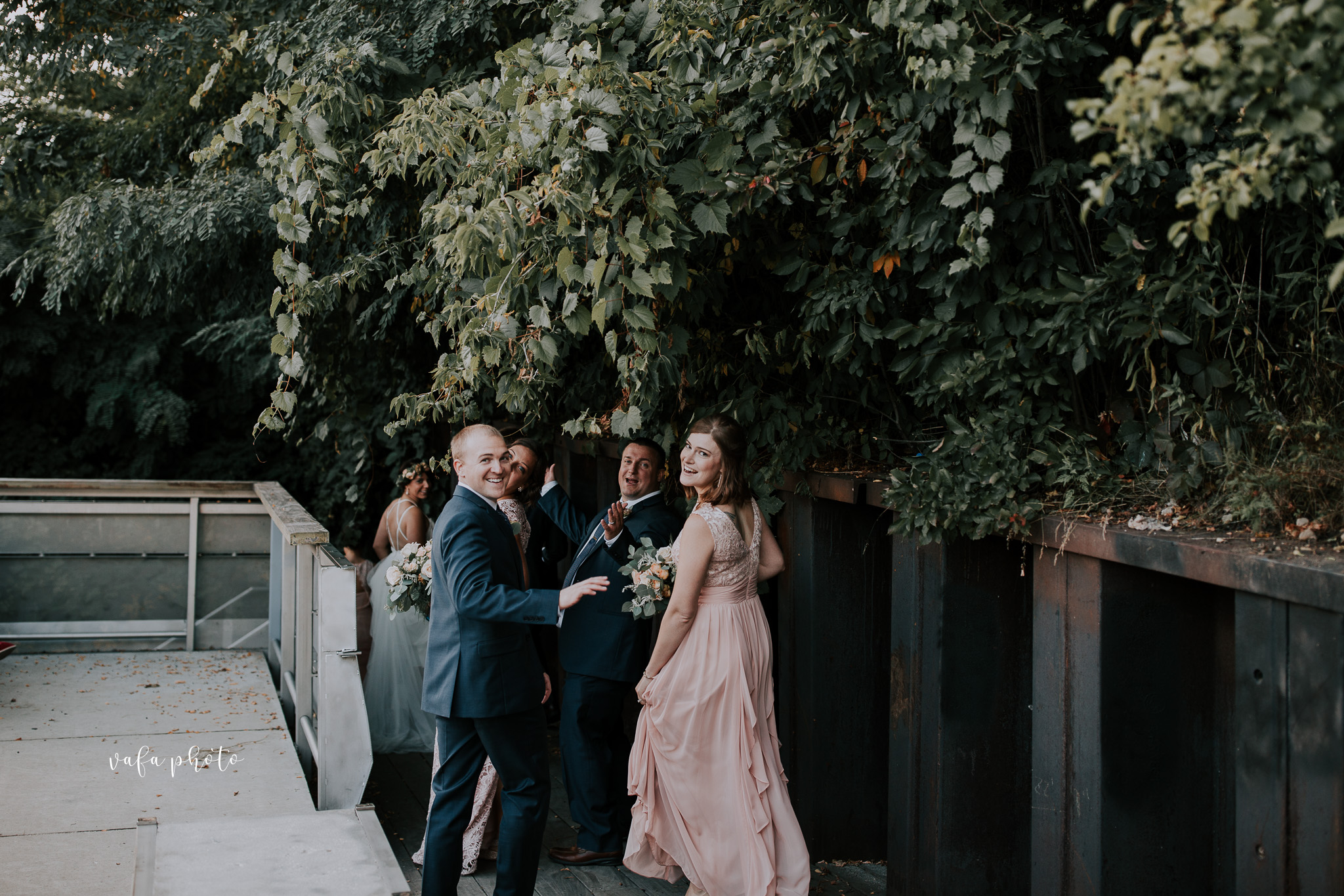 Milwaukee-Athletic-Club-Wedding-Amanda-Tony-Vafa-Photo-796.jpg