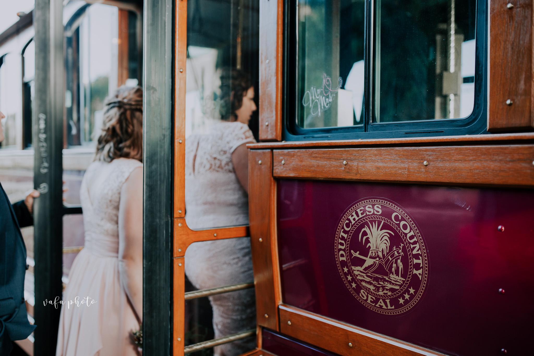Milwaukee-Athletic-Club-Wedding-Amanda-Tony-Vafa-Photo-801.jpg