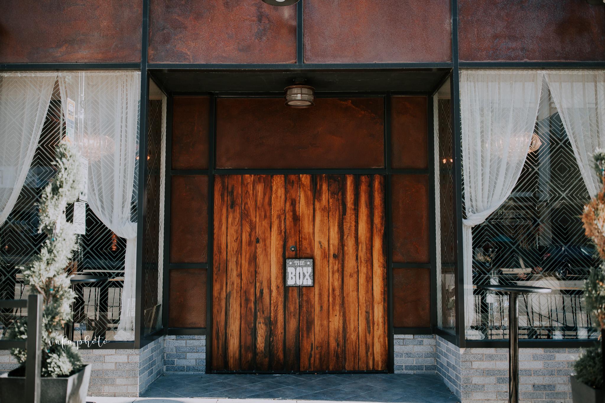 Milwaukee-Athletic-Club-Wedding-Amanda-Tony-Vafa-Photo-806.jpg