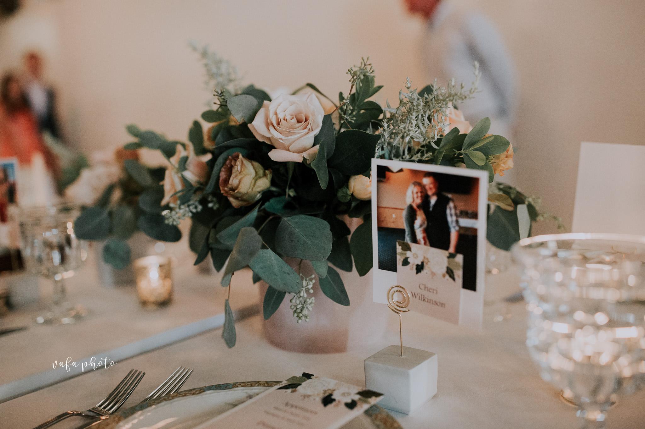 Milwaukee-Athletic-Club-Wedding-Amanda-Tony-Vafa-Photo-851.jpg