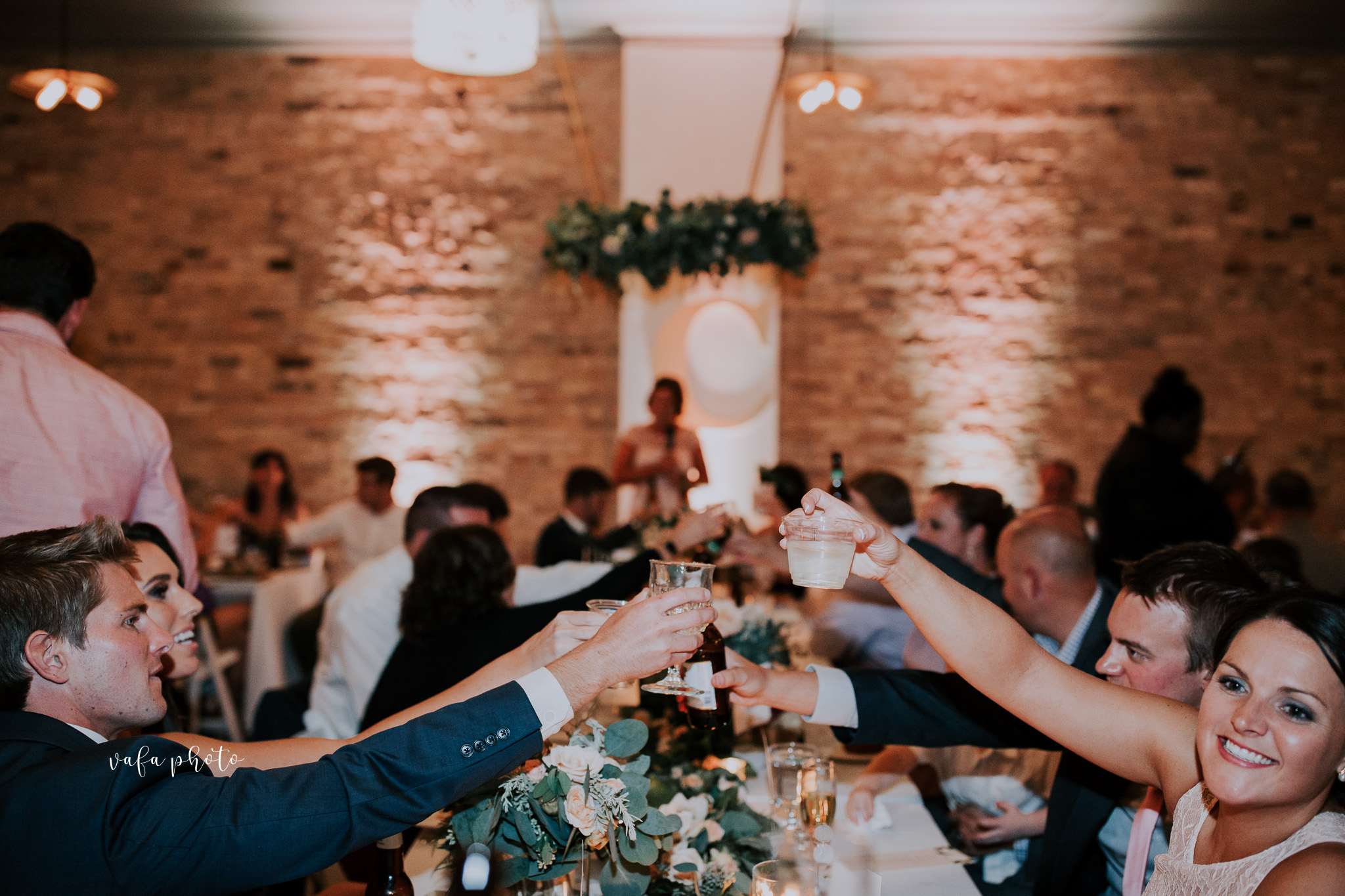 Milwaukee-Athletic-Club-Wedding-Amanda-Tony-Vafa-Photo-971.jpg