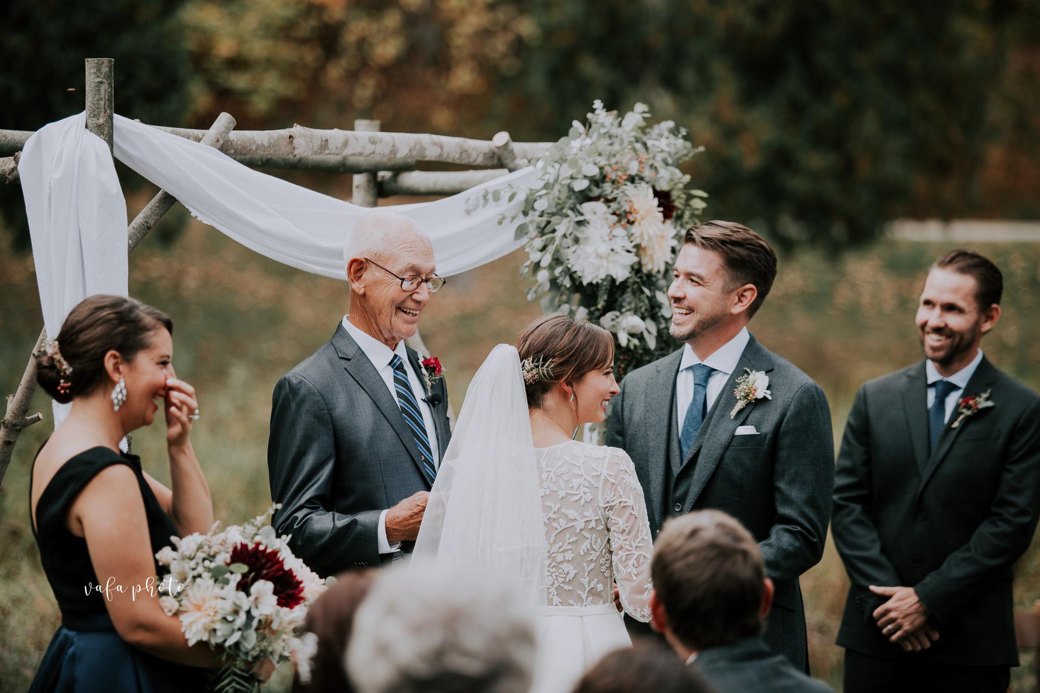 Grand-Rapids-Wedding-Danielle-Brian-Vafa-Photo-677.jpg