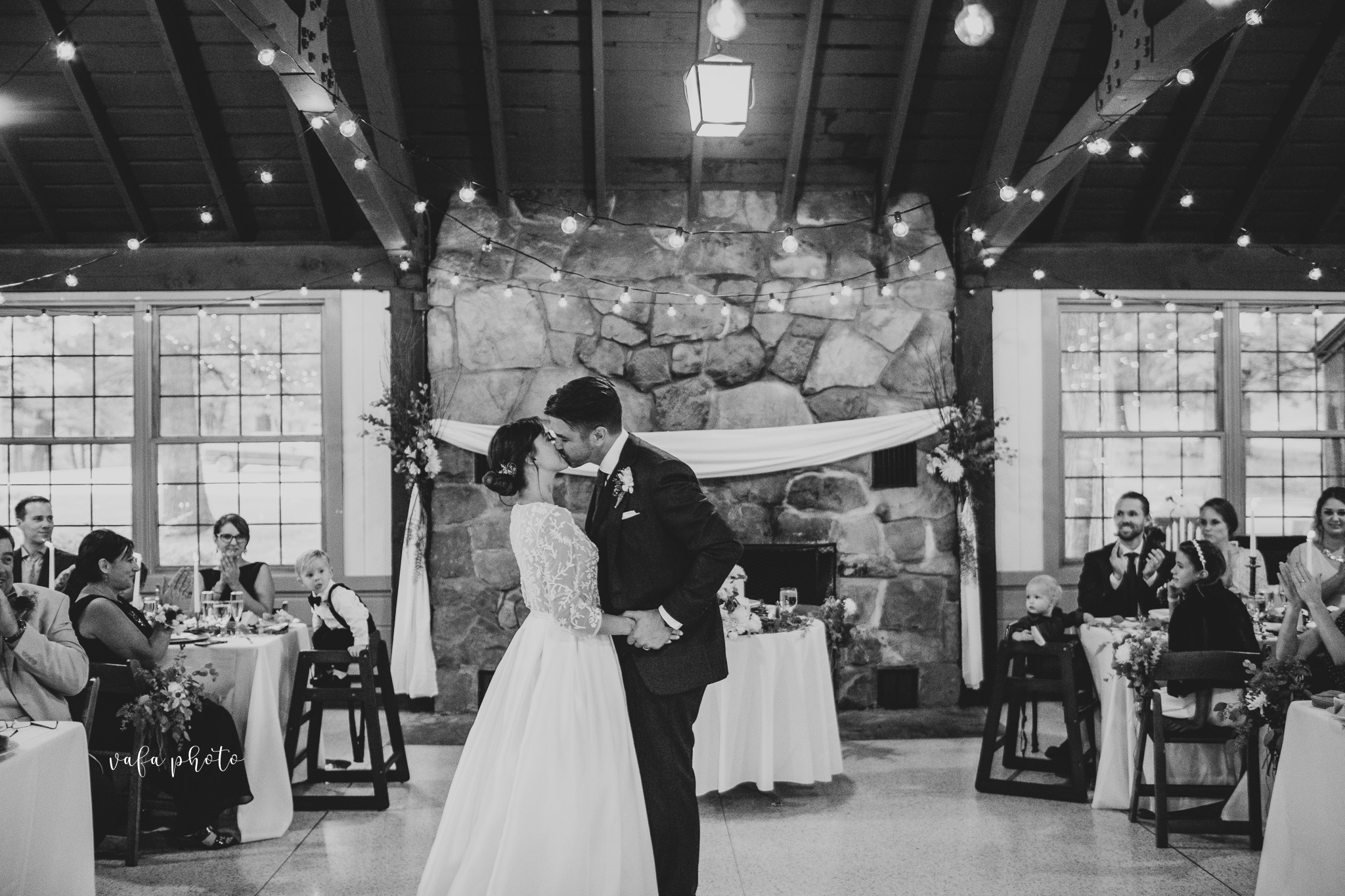 Grand-Rapids-Wedding-Danielle-Brian-Vafa-Photo-913.jpg