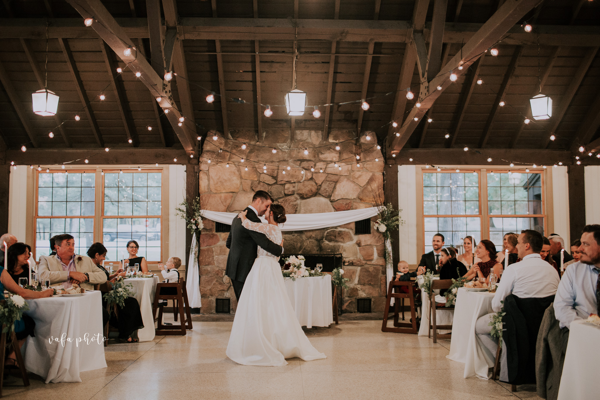 Grand-Rapids-Wedding-Danielle-Brian-Vafa-Photo-909.jpg