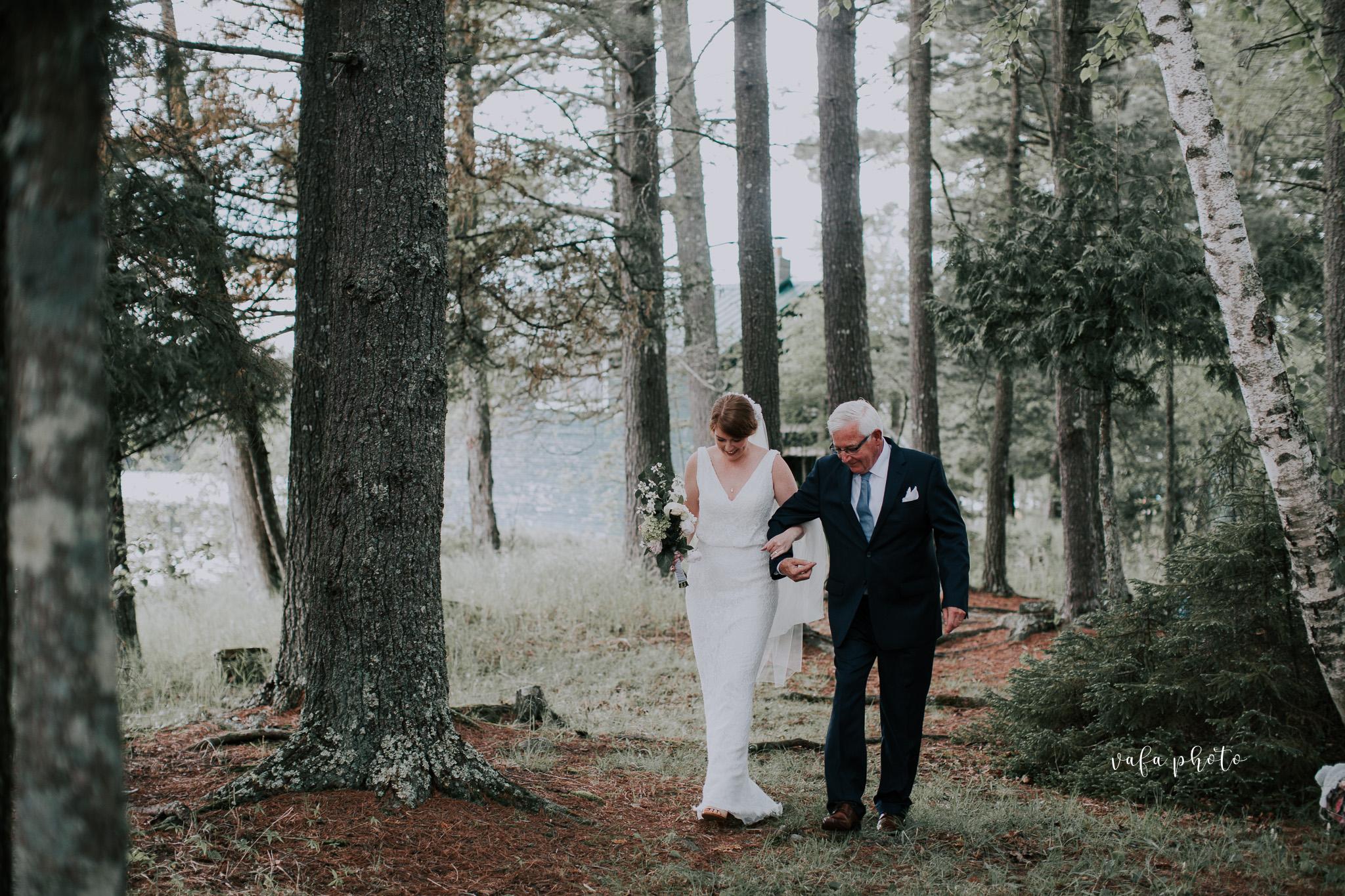 Michigan-Lake-House-Wedding-Madeline-Patrick-Vafa-Photo-285.jpg