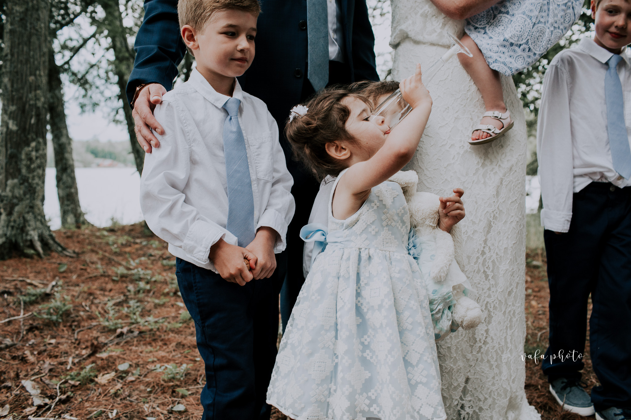 Michigan-Lake-House-Wedding-Madeline-Patrick-Vafa-Photo-483.jpg