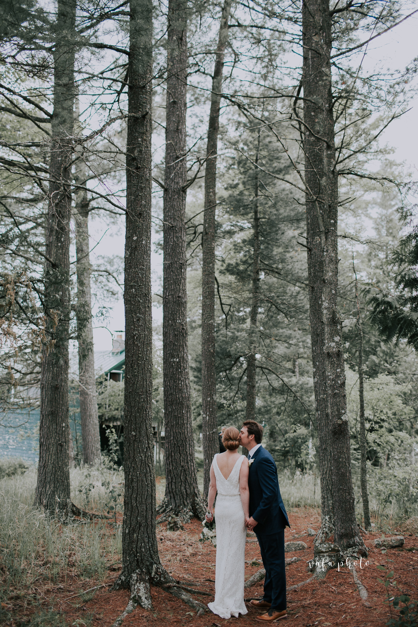 Michigan-Lake-House-Wedding-Madeline-Patrick-Vafa-Photo-578.jpg