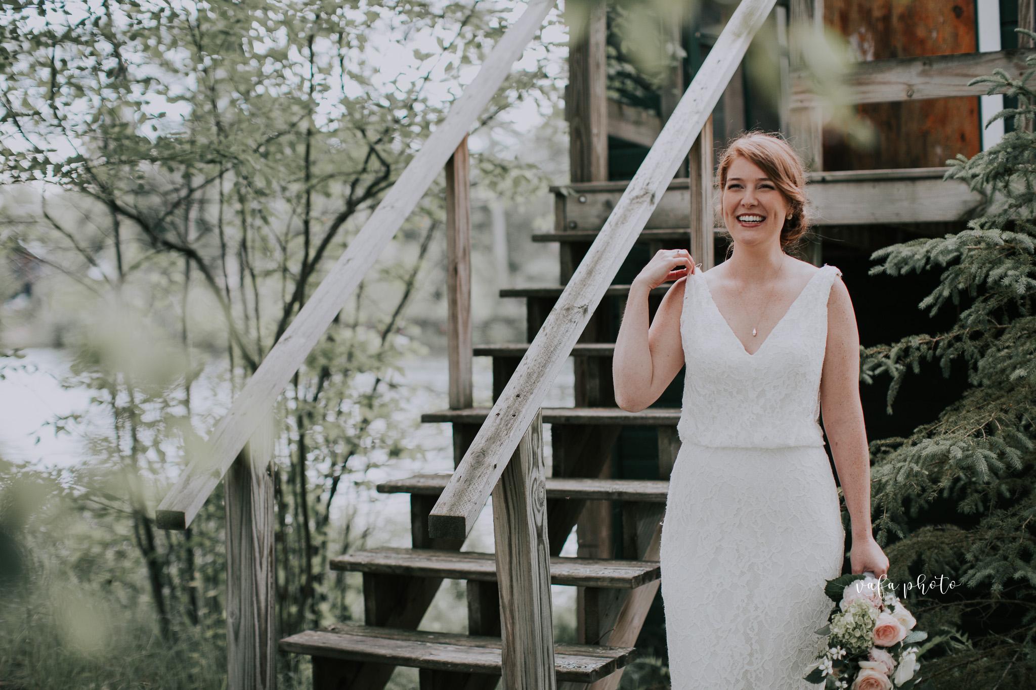 Michigan-Lake-House-Wedding-Madeline-Patrick-Vafa-Photo-627.jpg