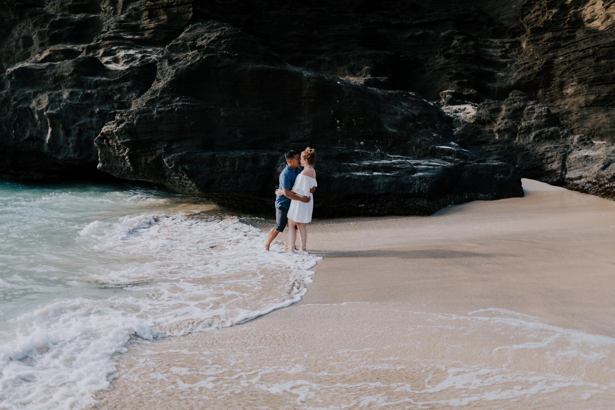 Oahu-Engagement-Session-Olivia-Alika-Vafa-Photo200.jpg