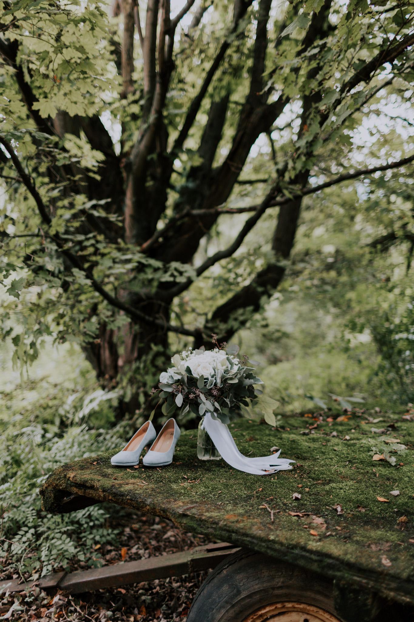 MillCreek-Wilde-Wedding-Barn-Michigan-Eliza-Eric-Vafa-Photo46.jpg