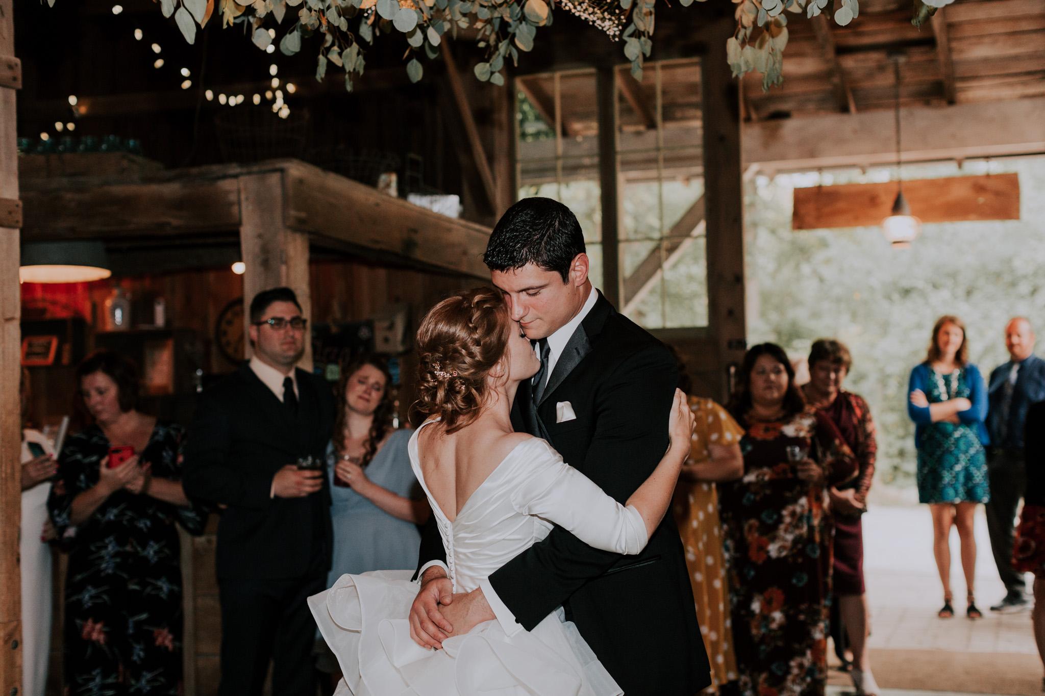 MillCreek-Wilde-Wedding-Barn-Michigan-Eliza-Eric-Vafa-Photo1105.jpg