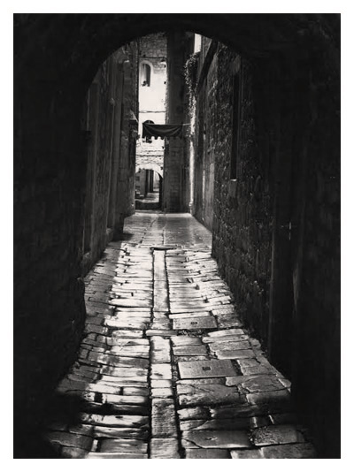 Lonely Alley (Dubrovnik)