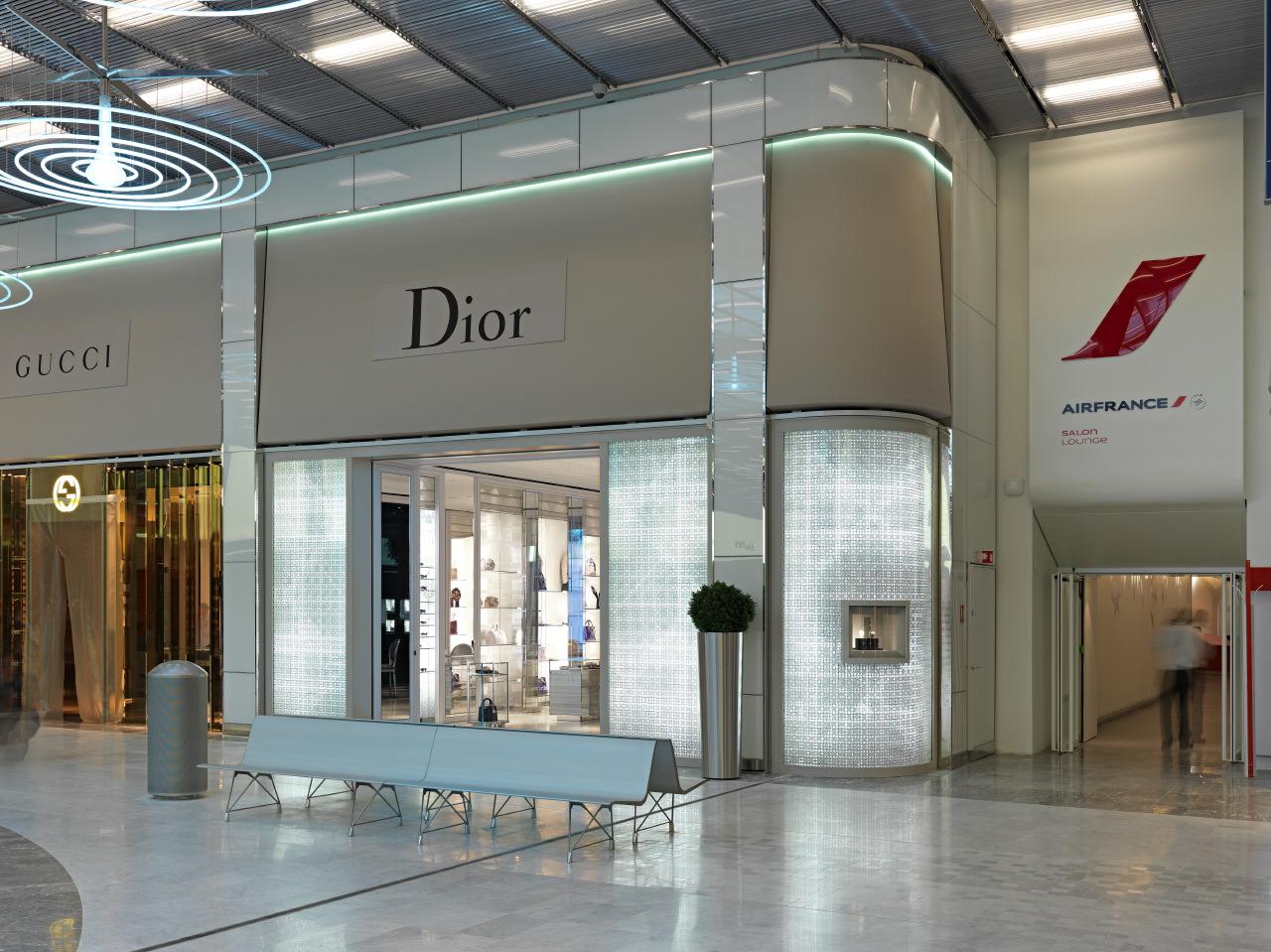 DIOR - PARIS CDG AIRPORT