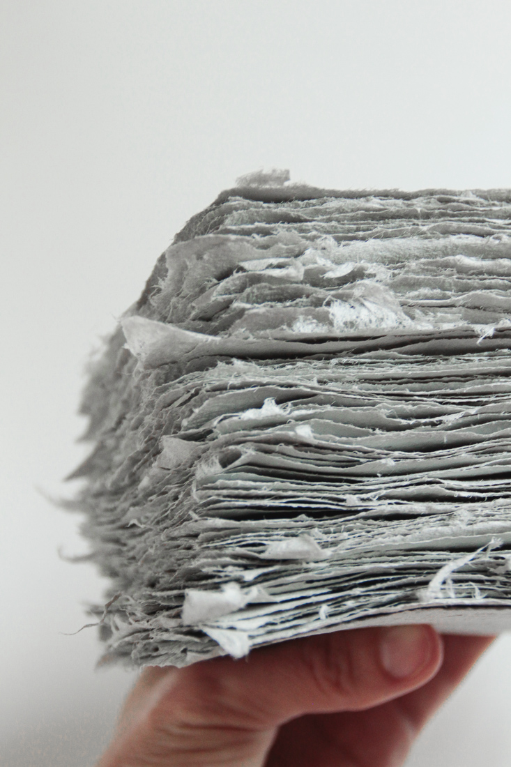 paper-making-with-fabric-scraps-and-newspaper-15