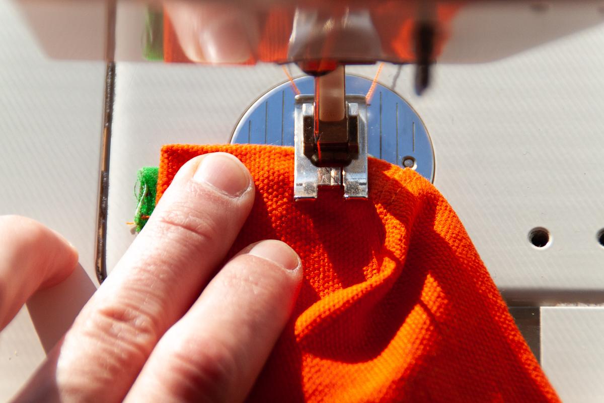 Raspberry Rucksack Sew Along - Sewing a lined popup pocket - Sarah Kirsten