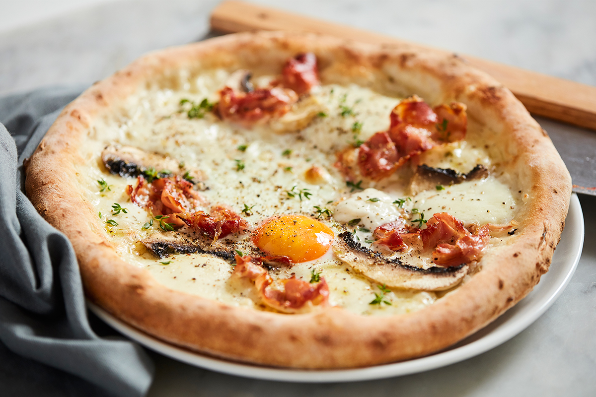 grumpys-egg-pizza.jpg