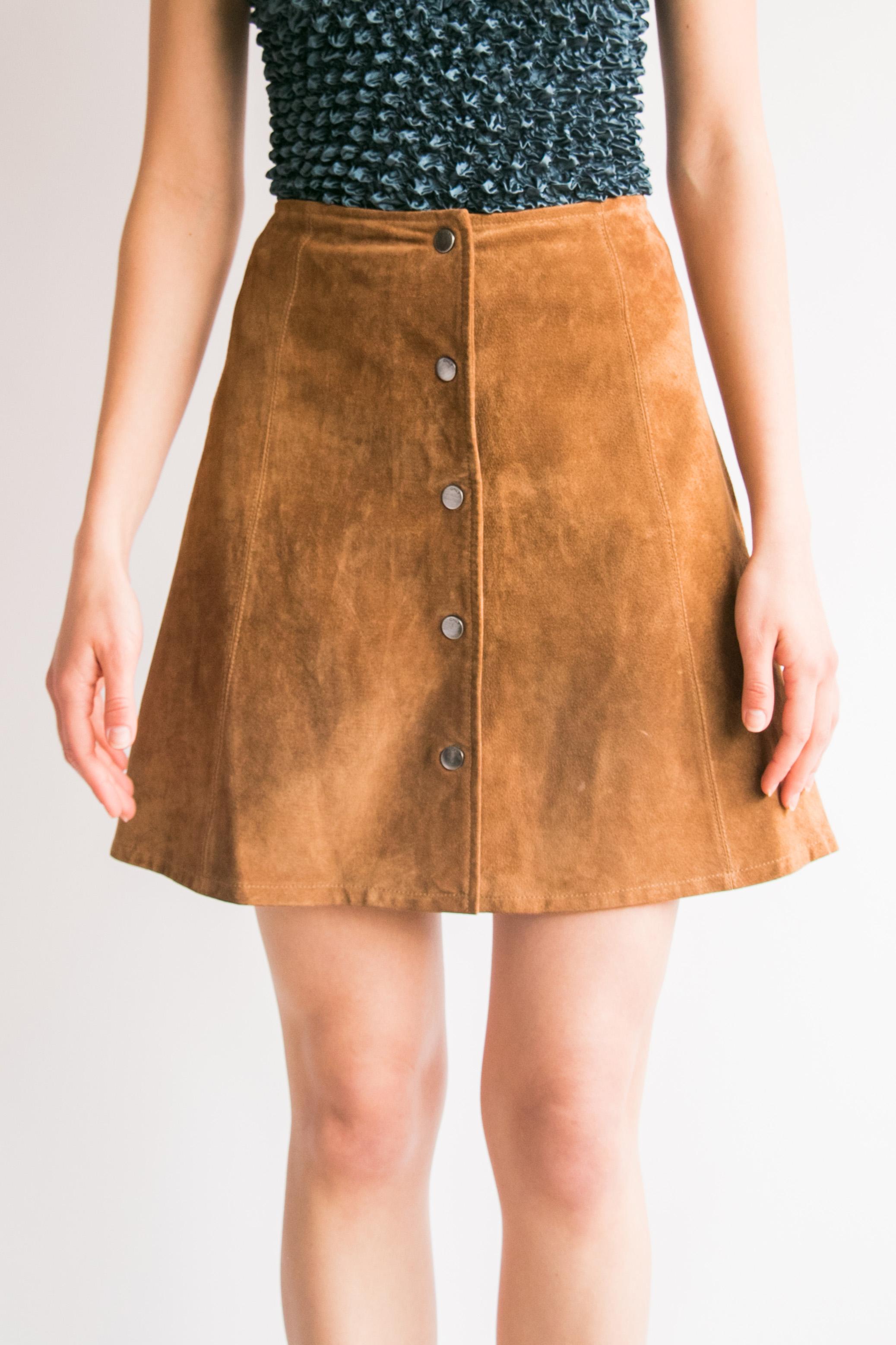 116d59b169 Vintage Cognac Suede Mini Skirt (M) — I Am That