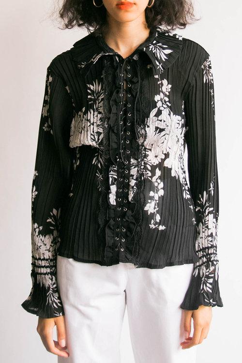 9d2d271dfa7791 Vintage Y2K Floral Print Lace Up Blouse (L)