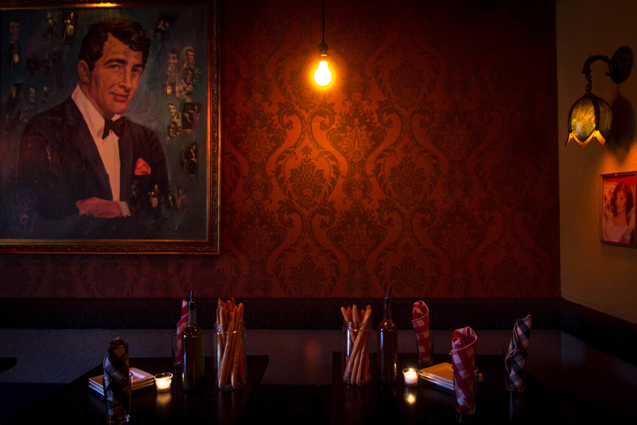 Fellinis_Main_Dinning Room.jpg