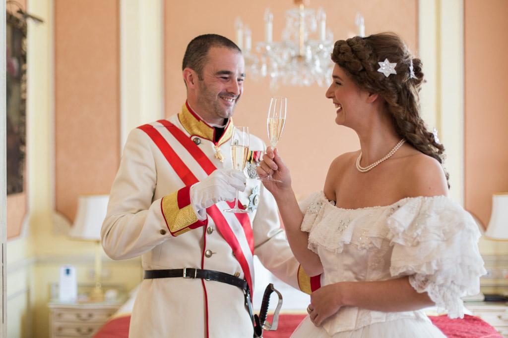 surprise-birthday-wedding-anniversary-themed-shooting-hotel-imperial-schloss-belvedere-vienna-austria-melanie-nedelko-photography-sissi-franz (17).JPG