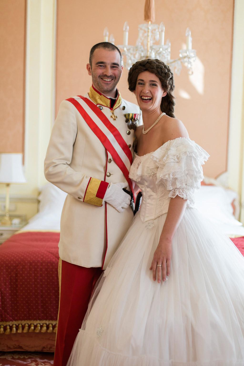 surprise-birthday-wedding-anniversary-themed-shooting-hotel-imperial-schloss-belvedere-vienna-austria-melanie-nedelko-photography-sissi-franz (15).JPG