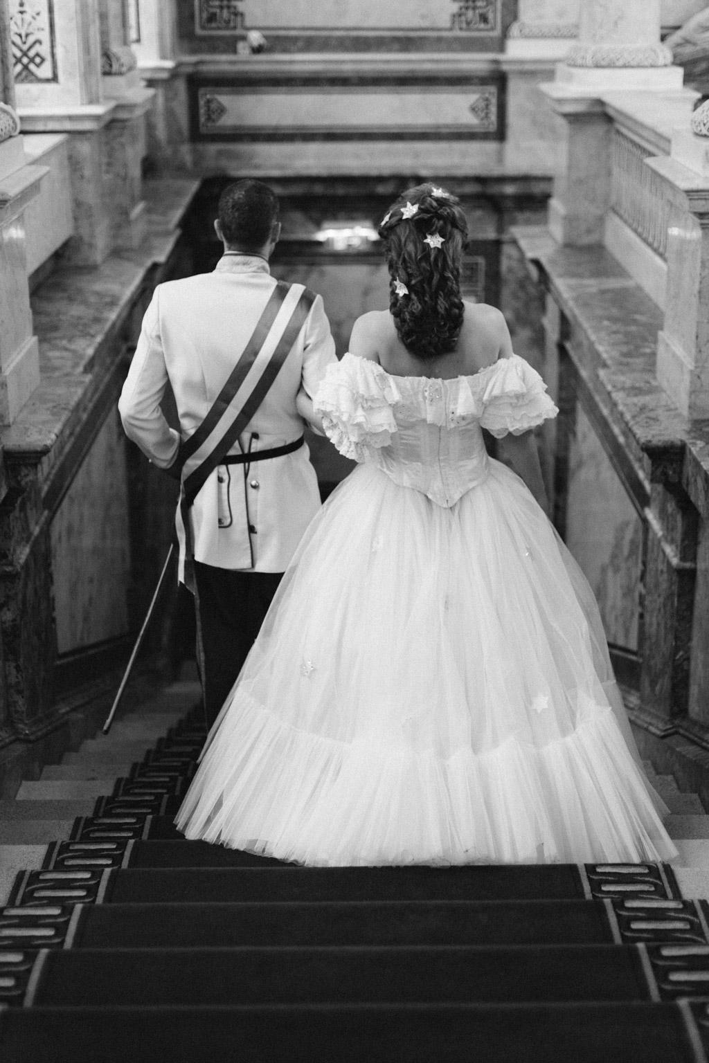 surprise-birthday-wedding-anniversary-themed-shooting-hotel-imperial-schloss-belvedere-vienna-austria-melanie-nedelko-photography-sissi-franz (23).JPG